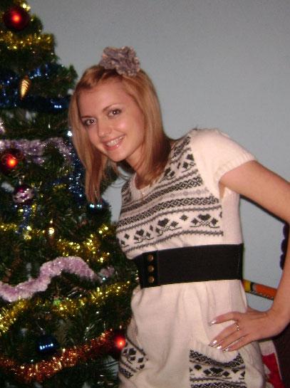 Russian-scammers.com - Friends girls