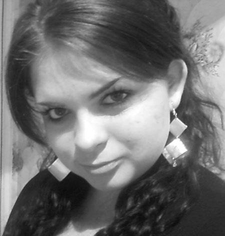 Pretty female - Russian-scammers.com