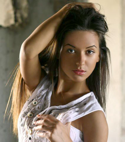 Cute females - Russian-scammers.com