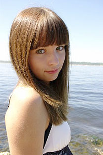 Russian-scammers.com - Cute girl