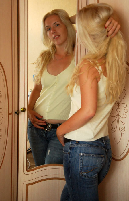 Girls meeting - Russian-scammers.com