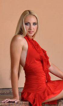 Hot brides - Russian-scammers.com