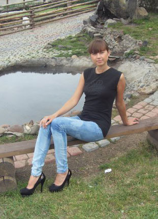 Russian-scammers.com - Lady woman