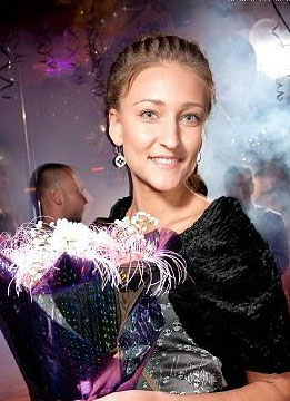 Young women photos - Russian-scammers.com